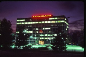 roselle-park-nj-1985-original-lodachrome-slide-time-exposure-at-twilight