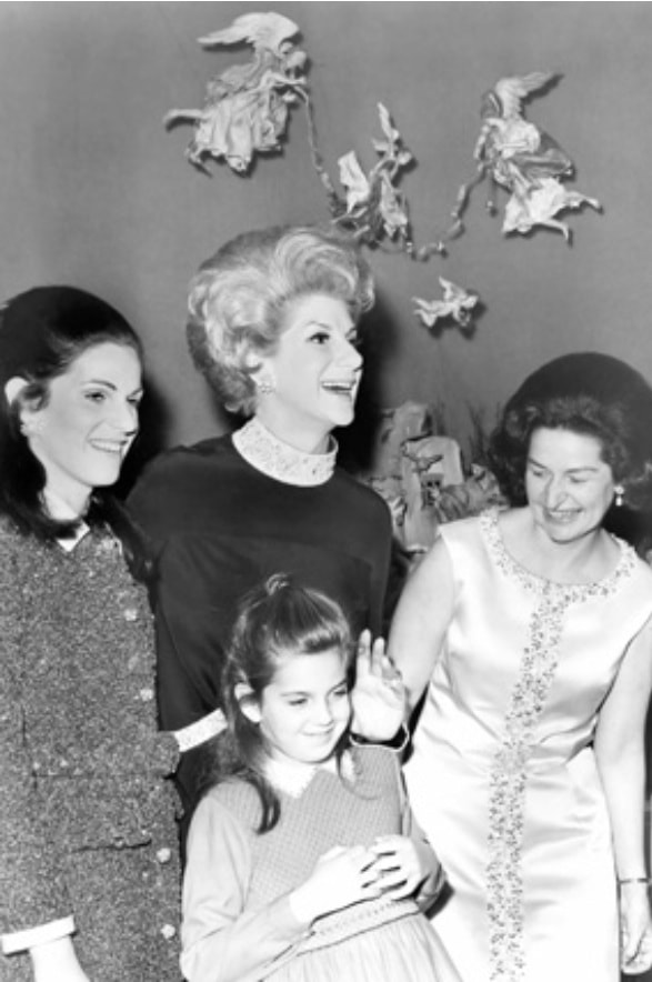 Jane Engelhard & Lady Bird Johnson | White House | December 1967